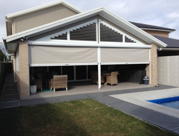 awnings for an outdoor entertaining area - IMG_4246