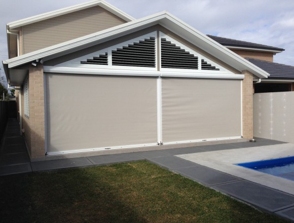 awnings for an outdoor entertaining area - IMG_4250