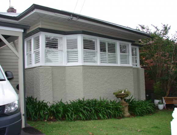bay window shutters - DSC04751