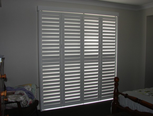 bi fold shutters for sliding glass external doorway - DSC05434