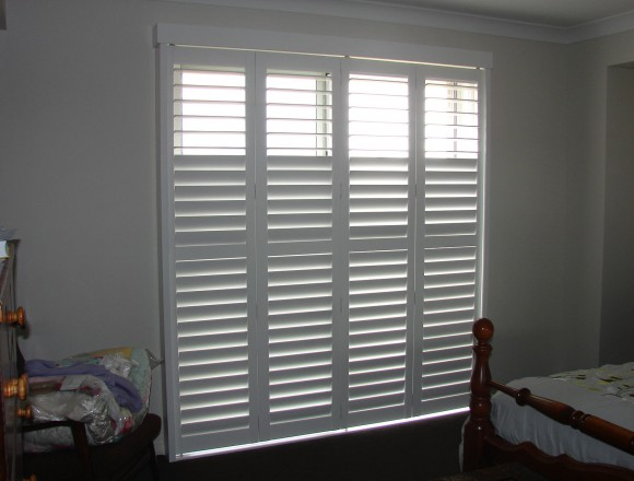 bi fold shutters for sliding glass external doorway - DSC05435