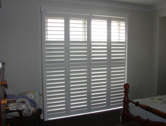 bi fold shutters for sliding glass external doorway - DSC05435