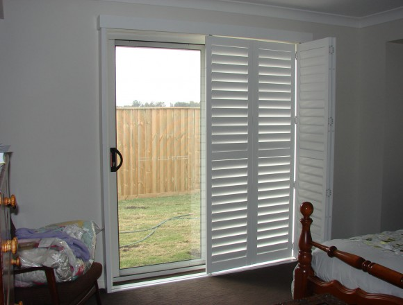 bi fold shutters for sliding glass external doorway - DSC05436