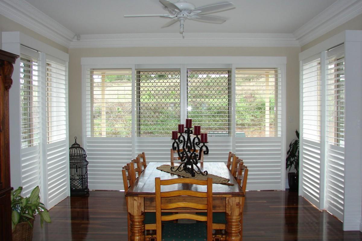 bypass shutters on dining room windows - DSC05614