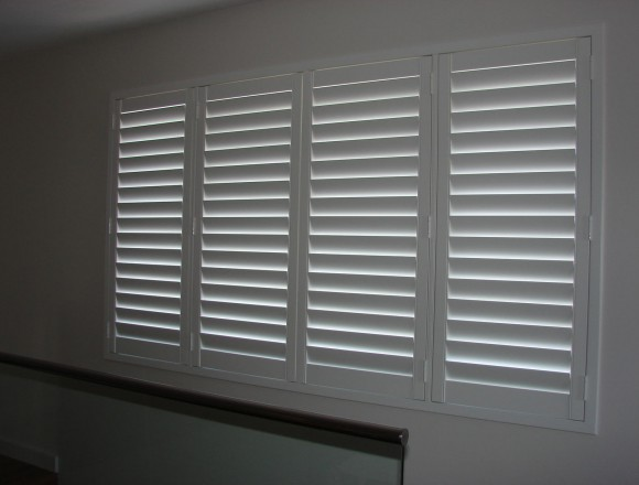 plantation shutters - DSC06030