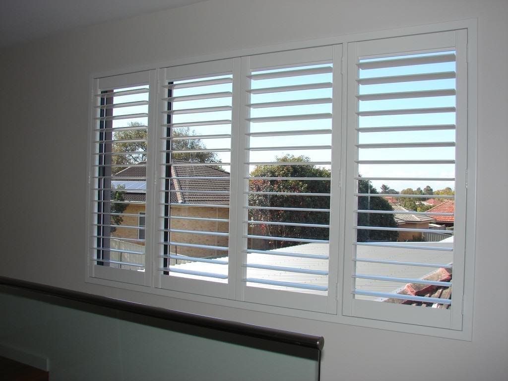 ... plantation shutters - DSC06032 ...