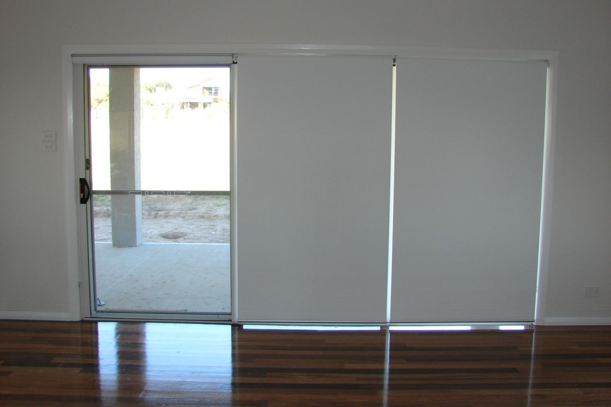 triple roller blinds for glass sliding doors - 03